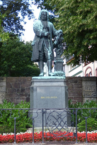 Statue of J.S. Bach.